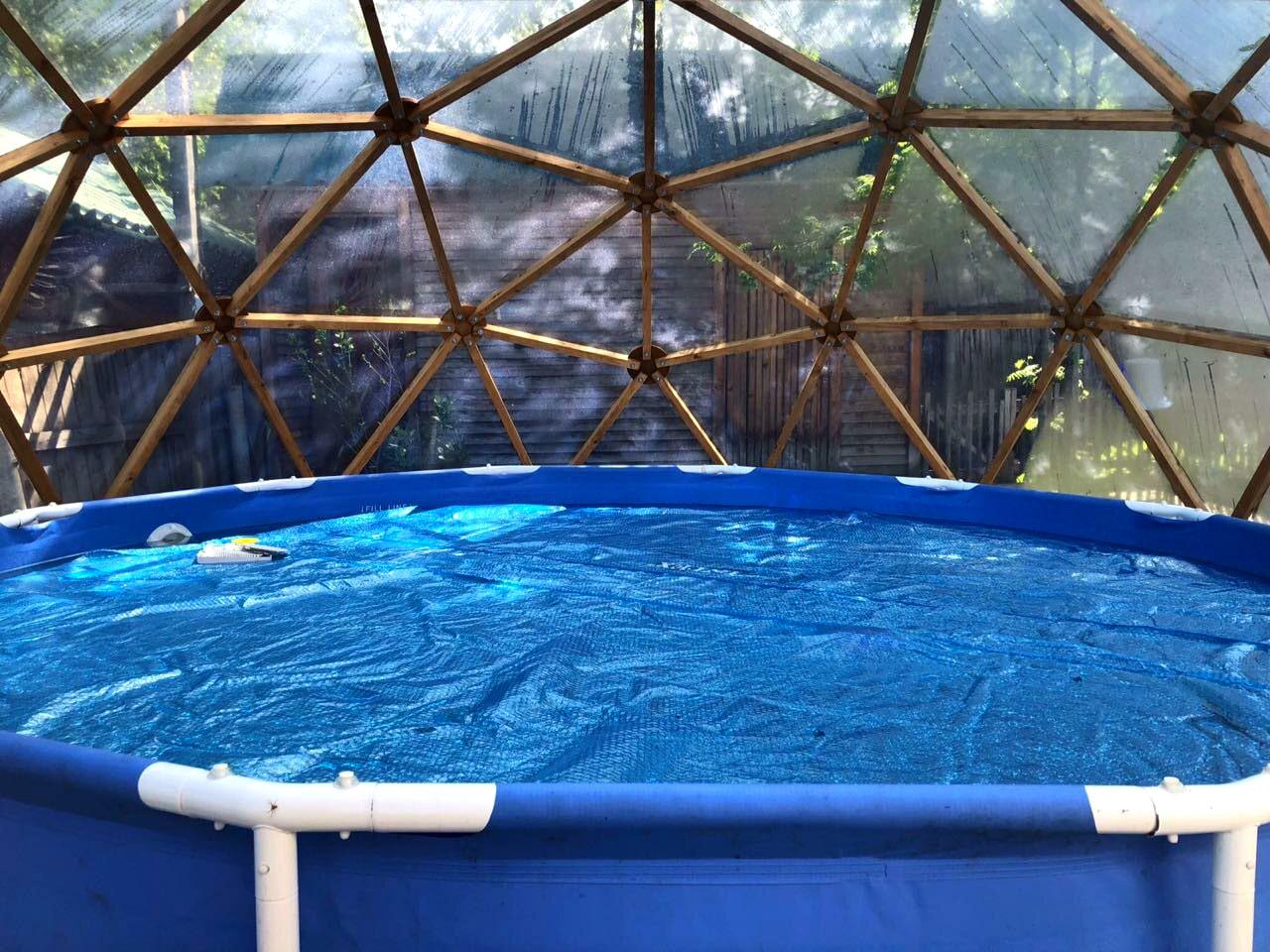 Купольный навес для бассейна